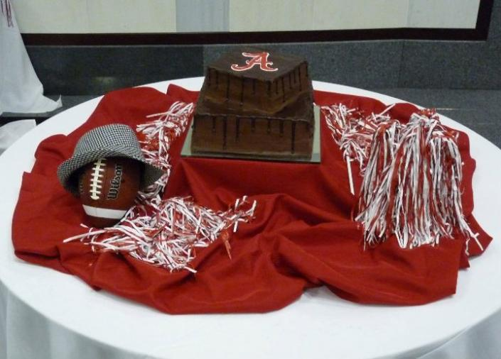 Roll Tide Groom's Cake