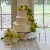 Bride S Cake Photos By Pam S Incredible Edibles In Montgomery Al